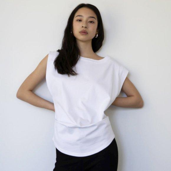 Oak + Fort Wide shoulder t-shirt